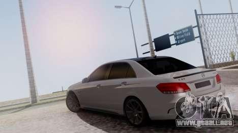 Mercedes-Benz E63 AMG PML Edition para GTA San Andreas vista hacia atrás