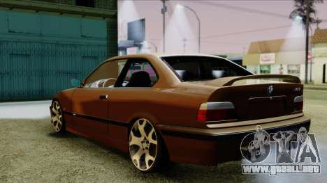 BMW M3 E36 SüvariGaragee para GTA San Andreas left
