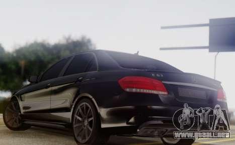Mercedes-Benz E63 AMG PML Edition para GTA San Andreas vista posterior izquierda