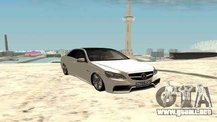 Mercedes-Benz E63 AMG седан para GTA San Andreas