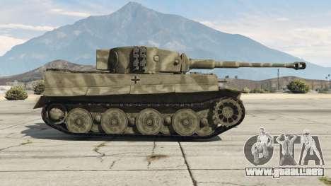 GTA 5 Panzerkampfwagen VI Ausf. E Tiger vista lateral izquierda