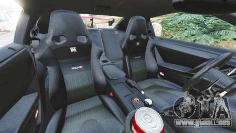 Nissan GT-R (R35) [LibertyWalk] v1.1 para GTA 5