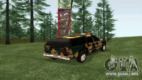 Chevrolet Suburban De Camuflaje para GTA San Andreas left