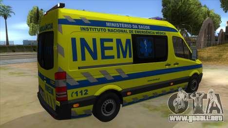 Mercedes-Benz Sprinter INEM Ambulance para la visión correcta GTA San Andreas