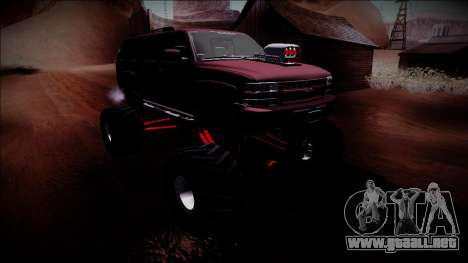 2003 Chevrolet Suburban Monster Truck para vista lateral GTA San Andreas