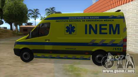 Mercedes-Benz Sprinter INEM Ambulance para GTA San Andreas left