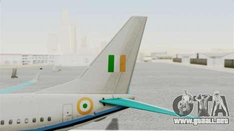 Boeing 737-800 Business Jet Indian Air Force para GTA San Andreas vista posterior izquierda