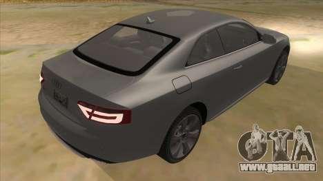 Audi S5 Sedan V8 para la visión correcta GTA San Andreas