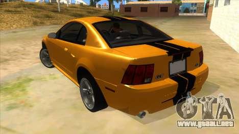 2003 Ford Mustang para GTA San Andreas vista posterior izquierda