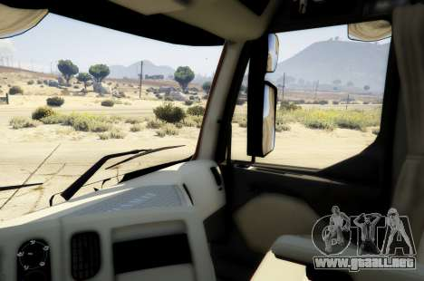 GTA 5 Renault Premium 6x4 vista trasera
