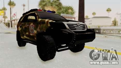 Toyota Fortuner 4WD 2015 Paraguay para GTA San Andreas vista posterior izquierda