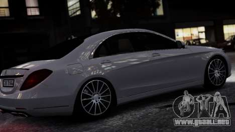 Mercedes-Benz w222 para GTA 4 left
