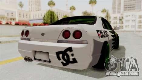 Nissan Skyline R33 Drift Monster Energy Falken para la visión correcta GTA San Andreas