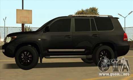 Toyota Land-Cruiser 200 para GTA San Andreas vista hacia atrás