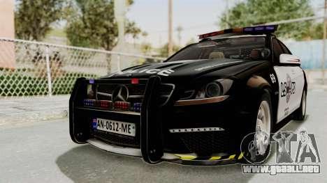 Mercedes-Benz C63 AMG 2010 Police v2 para GTA San Andreas vista posterior izquierda