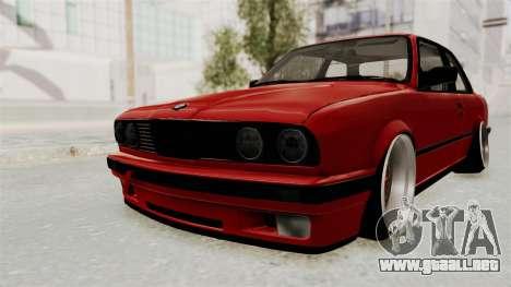 BMW M3 E30 Camber Low para GTA San Andreas vista posterior izquierda