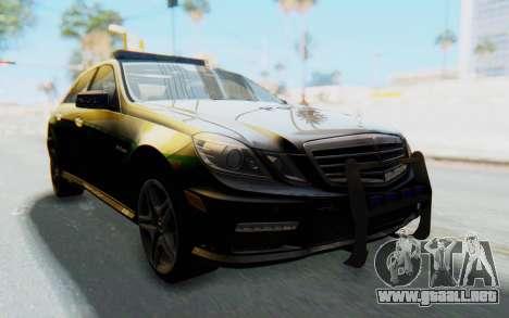 Mercedes-Benz E63 German Police Green para la visión correcta GTA San Andreas