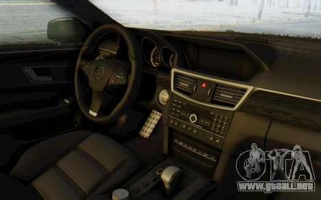 Mercedes-Benz E63 German Police Green para visión interna GTA San Andreas