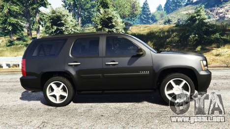 GTA 5 Chevrolet Tahoe vista lateral izquierda