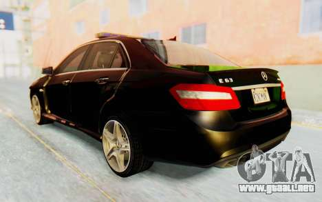 Mercedes-Benz E63 German Police Green para GTA San Andreas left