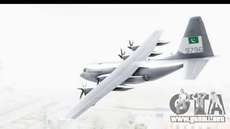C-130 Pakistan para GTA San Andreas left
