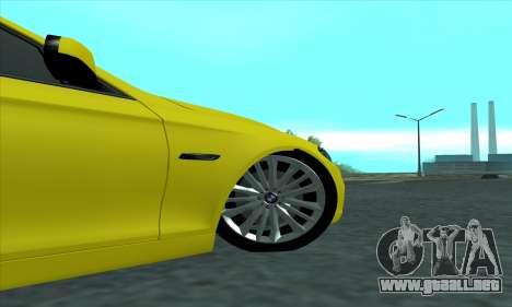 BMW 525 Gold para GTA San Andreas vista hacia atrás