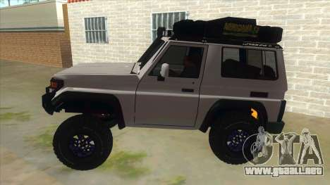 Toyota Machito Semi Off Road para GTA San Andreas left