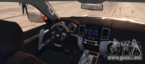 GTA 5 Toyota Land Cruiser 2013 vista lateral izquierda trasera