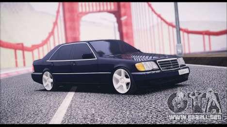 Mercedes-Benz W140 para GTA San Andreas vista posterior izquierda