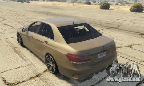 GTA 5 Mercedes-Benz E63 Brabus 850HP vista lateral izquierda