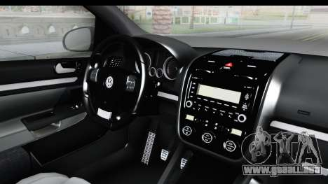 Volkswagen Golf 5 Stock para GTA San Andreas vista posterior izquierda