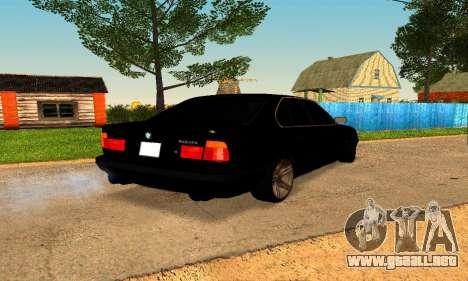 BMW 5-er E34 para GTA San Andreas vista posterior izquierda