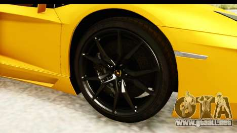 Lamborghini Aventador LP700-4 Roadster v2 para GTA San Andreas vista hacia atrás