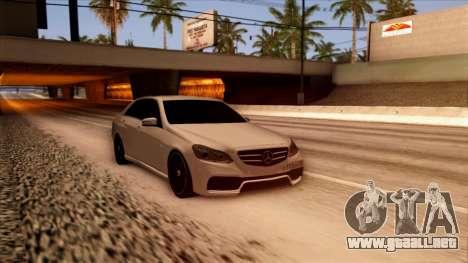 Mercedes-Benz Е63 para la visión correcta GTA San Andreas