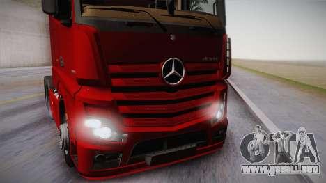 Mercedes-Benz Actros Mp4 6x4 v2.0 Bigspace v2 para GTA San Andreas vista posterior izquierda