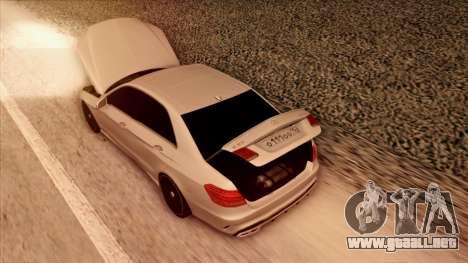 Mercedes-Benz Е63 para vista inferior GTA San Andreas