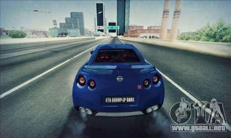 Nissan GT-R R35 Premium para GTA San Andreas left