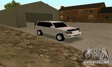 Toyota Land Cruiser 105 para GTA San Andreas left