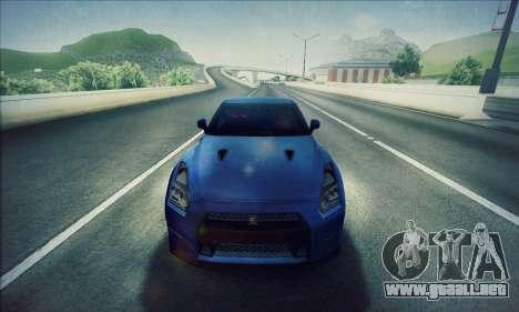 Nissan GT-R R35 Premium para GTA San Andreas vista posterior izquierda