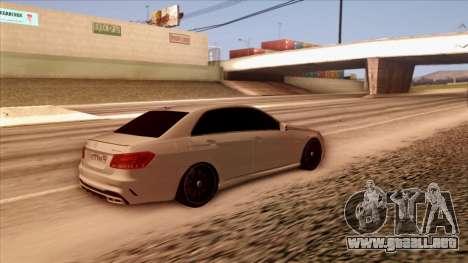 Mercedes-Benz Е63 para GTA San Andreas vista posterior izquierda