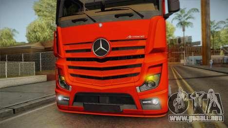 Mercedes-Benz Actros Mp4 6x2 v2.0 Steamspace v2 para visión interna GTA San Andreas