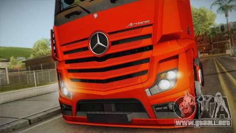 Mercedes-Benz Actros Mp4 6x2 v2.0 Steamspace v2 para GTA San Andreas vista posterior izquierda
