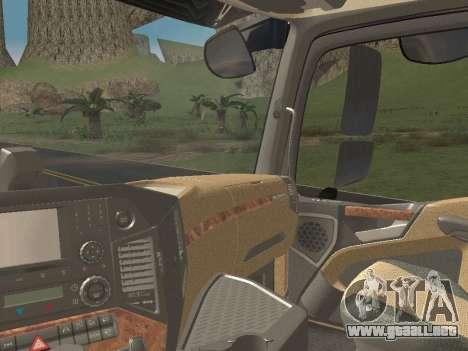 Mercedes-Benz Actros Mp4 6x2 v2.0 Steamspace v2 para vista inferior GTA San Andreas