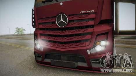 Mercedes-Benz Actros Mp4 4x2 v2.0 Bigspace v2 para GTA San Andreas vista posterior izquierda