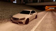 Mercedes-Benz Е63