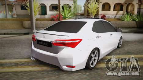 Toyota Corolla 2015 para GTA San Andreas left