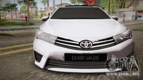Toyota Corolla 2015 para la visión correcta GTA San Andreas