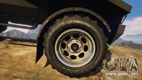 GTA 5 Punisher Unarmed Version vista lateral trasera derecha