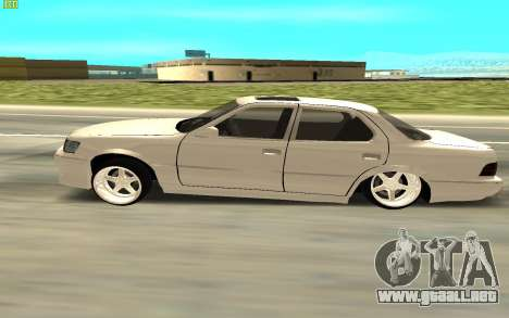 Toyota Celsior UCF10 para GTA San Andreas vista posterior izquierda