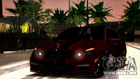 Mercedes-Benz E63 (W212) AMG 2010 para vista lateral GTA San Andreas